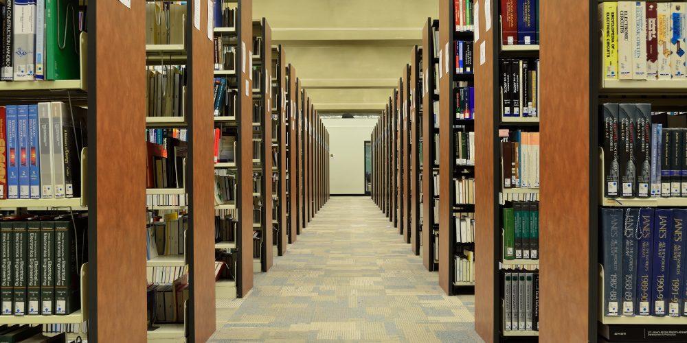 bookcase-books-bookshelves-270571