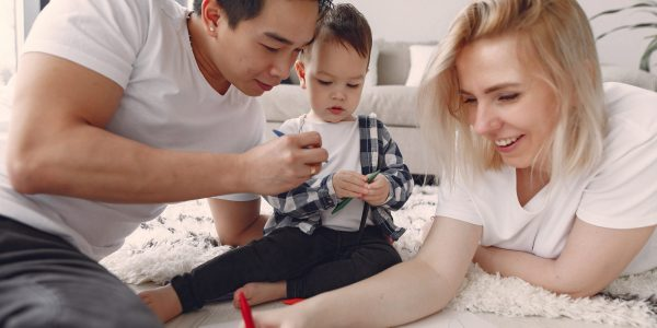 family-bonding-activity-3912428